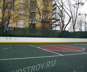 Спортивная площадка возле ЖК «Clerkenwell House»