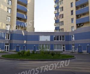 Внутренний двор ЖК «Эко» (12.05.2013 г.)