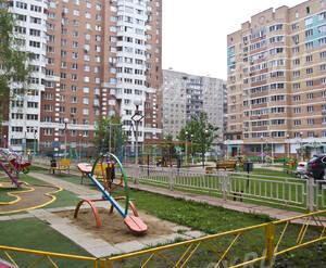 Детская площадка ЖК «Октябрьские проезды» (25.06.2013 г.)