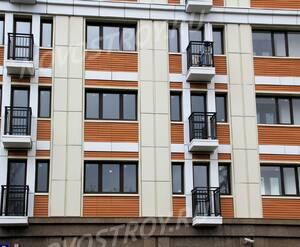 ЖК «Дом на Щукинской»: 25.04.2015 - Фрагмент средних этажей, крупный план