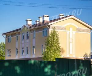 Малоэтажный ЖК «Виндава»: Декоративная отделка фасада