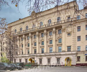 МФК «SOYUZ APARTMENTS»: Центральная часть фасада здания