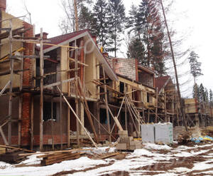 ЖК «Шервудский лес»: ход строительства корпуса Кембридж 13 (фото из группы «Вконтакте»)
