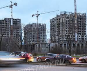 ЖК «Академ-Палас»: Вид со стороны проспекта Вернадского. Строительство так и не возобновилось. Не ведётся.