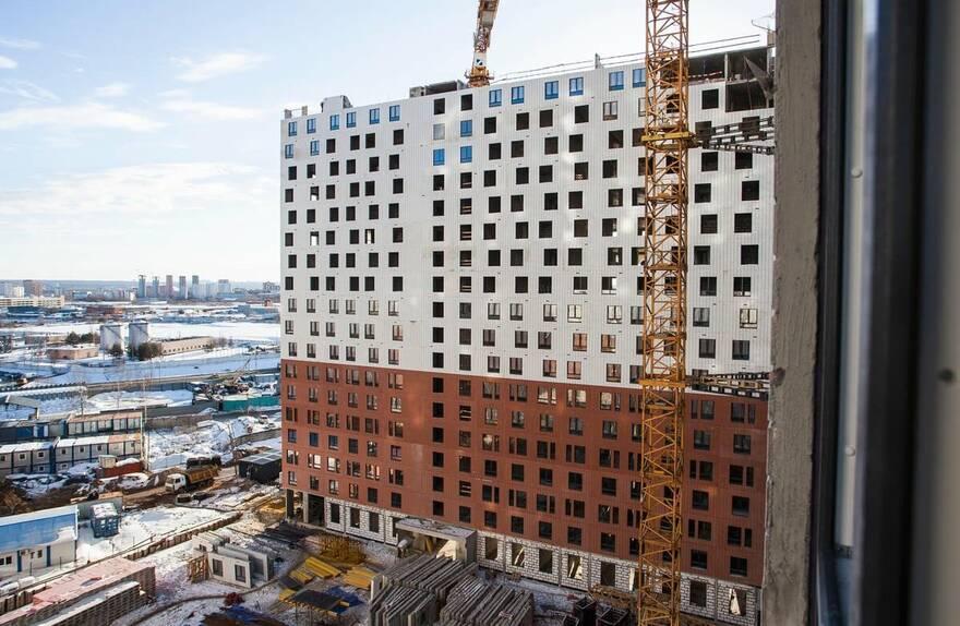 Бедность и рост цен на жилье обрекают россиян влезать в многолетние долги: средний срок ипотеки достиг исторического пика