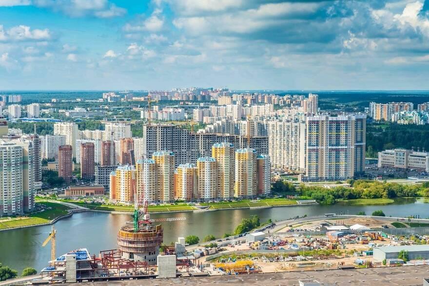 Москвичи переезжают в Подмосковье: из-за роста ставок по ипотеке покупка жилья в столице станет не по карману